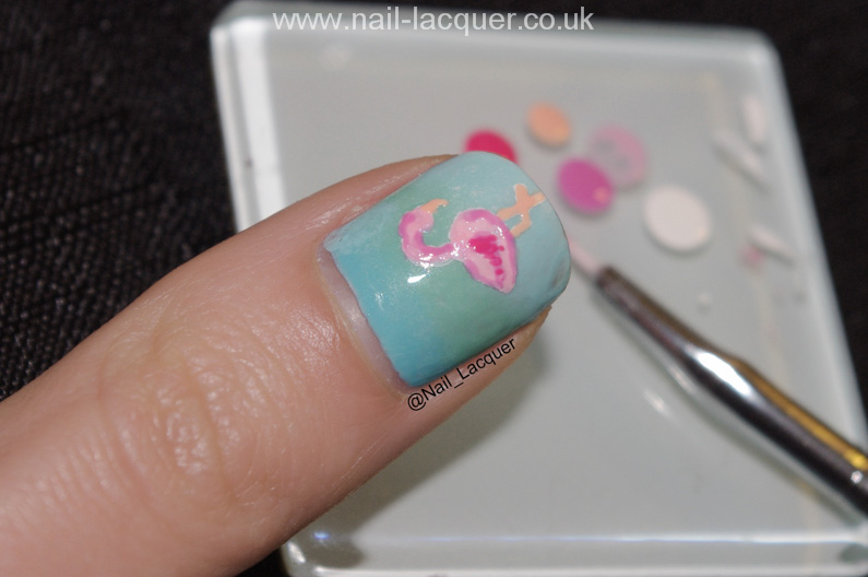 20090101-flamingo-nail-art (1)