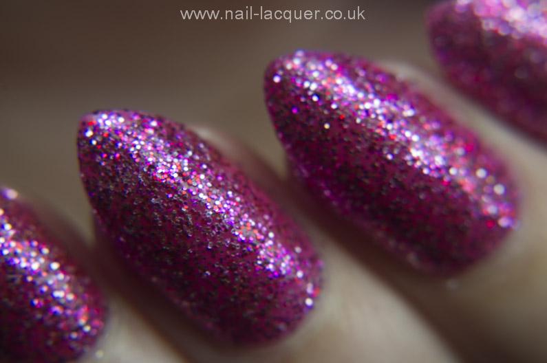 GlamLac-Sparkling-Rose-swatch (5)