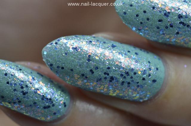 Sugar-and-Spice-Confetti-Glitter-review (10)
