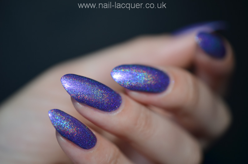Dark-metal-lacquer-review-and-swatches (1)