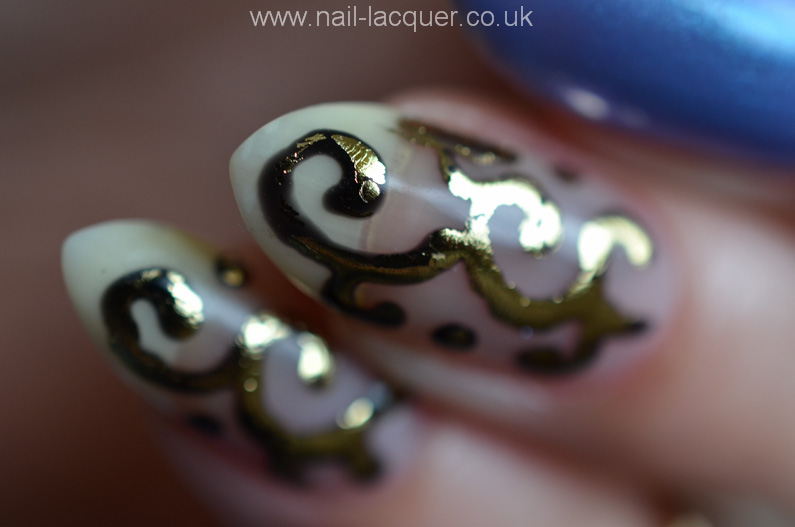 Foil-nail-art-with-gel-polish-tutorial (7)