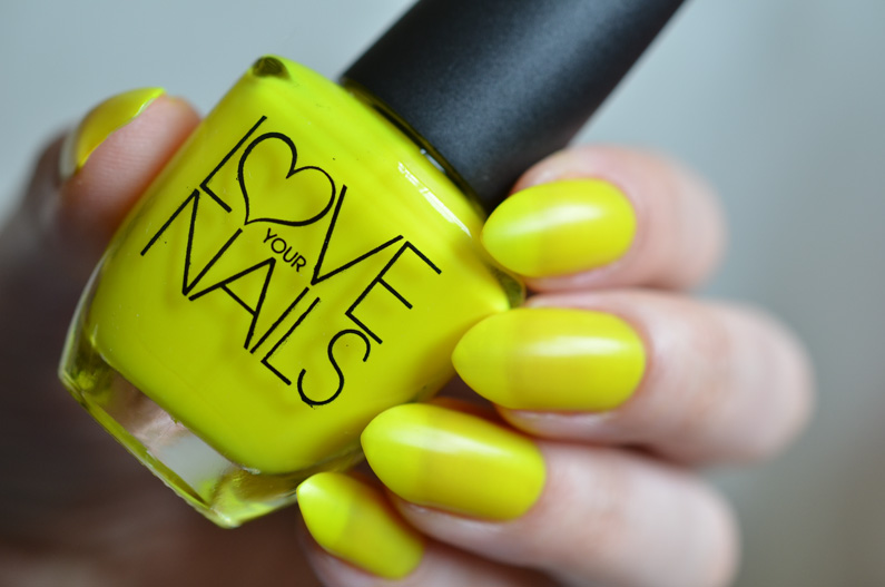 Love-your-nails-neons-from-B&M (23)