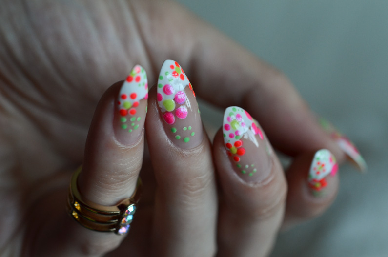 easy-flower-nail-art-tutorial (3)