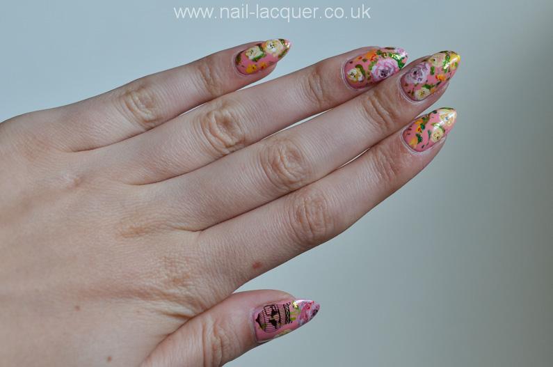 pink-rose-nail-art