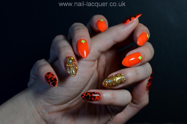 neon-orange-nails (1)