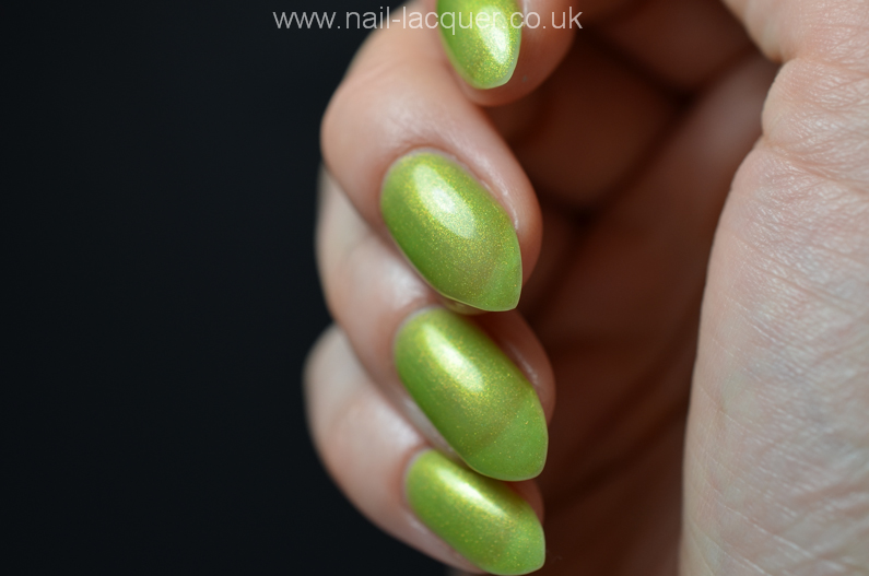 nyk1-secrets-soak-off-gel-polish-starter-kit-review (28)