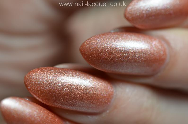 nyk1-secrets-soak-off-gel-polish-starter-kit-review (34)
