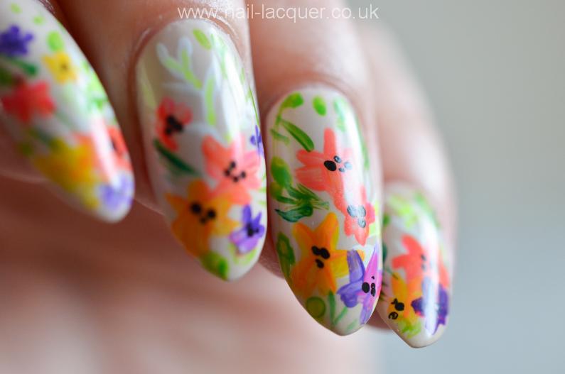 summer-flowers-nail-art-tutorial (7)