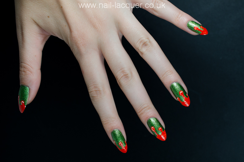 Scary-Halloween-nail-art  (5)