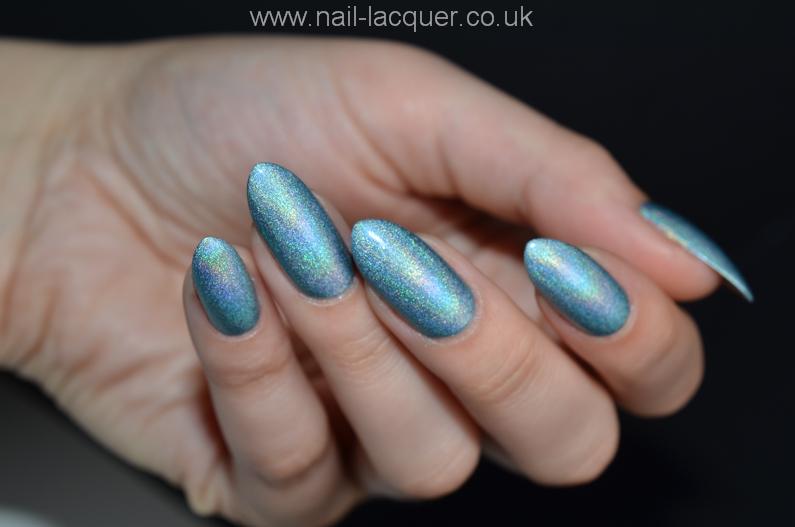 moyra-holographic (22)