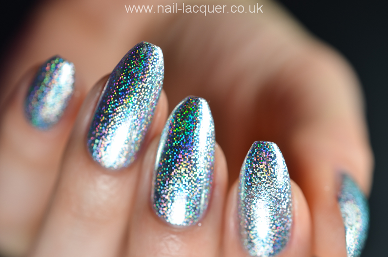 How to apply nail foils - Nail Lacquer UK