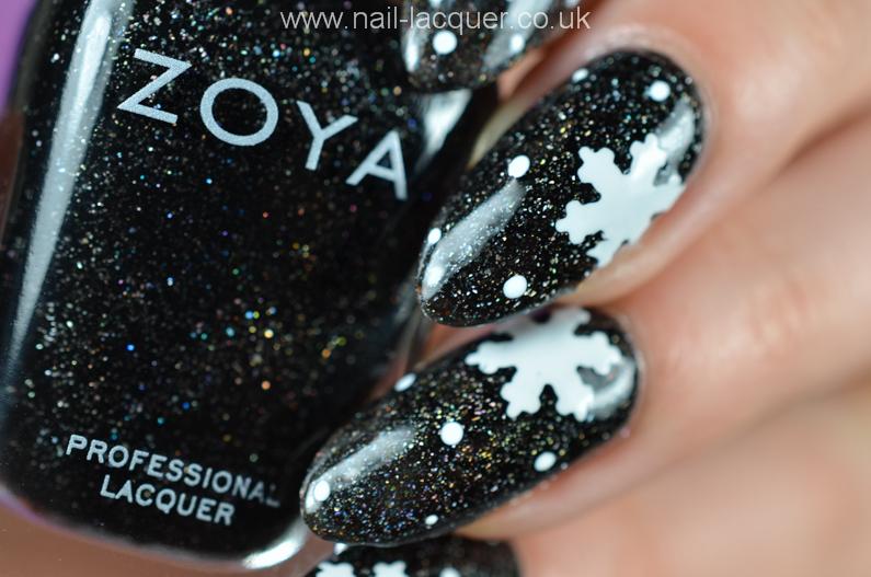 snowflake-nail-art-tutorial (1)