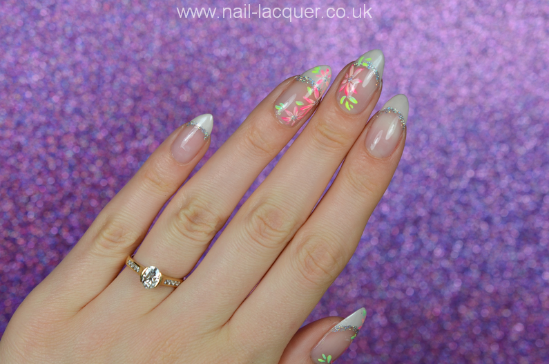 french-manicure-with-flowers (6)