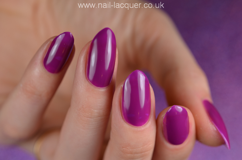 Models-Own-Spring-Hypergel-nail-polishes (8)