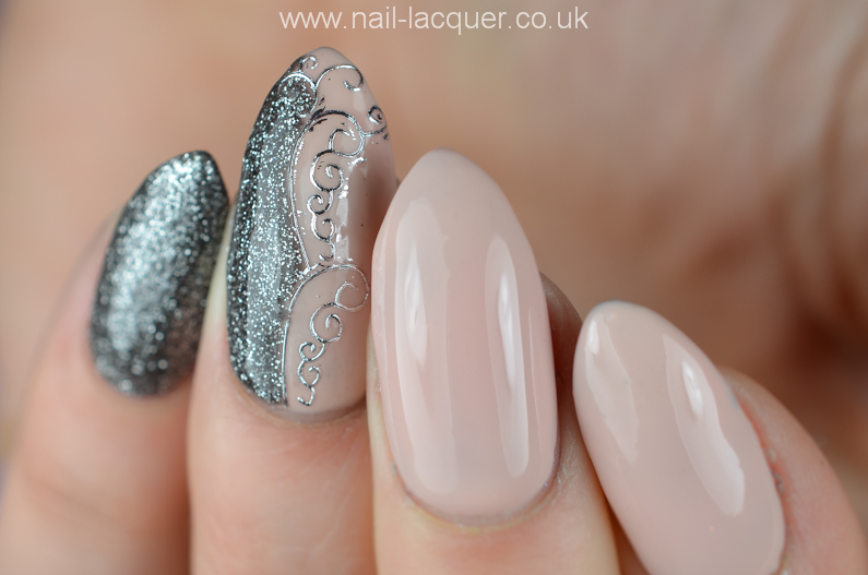 NailFX-gel-polish-in-nude-and-gun-metal (5)