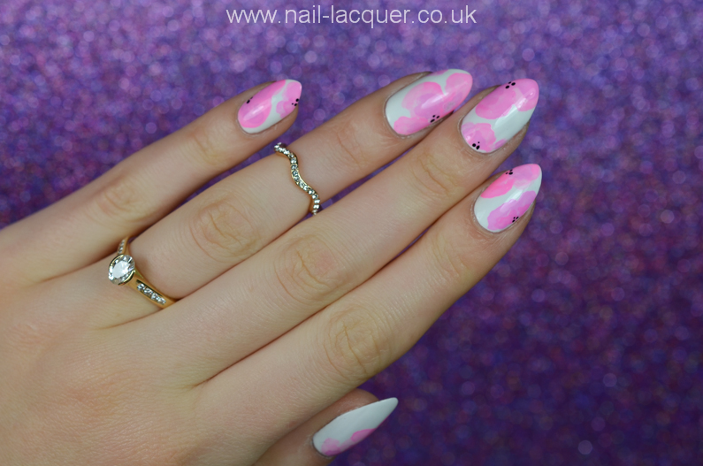 pastel-flowers-nail-art (5)