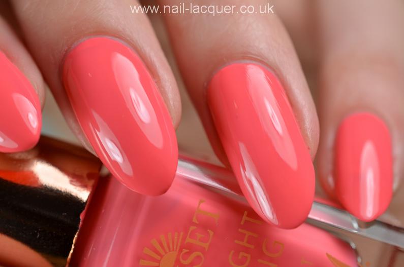 barry-m-daylight-curing-nail-polish (7)