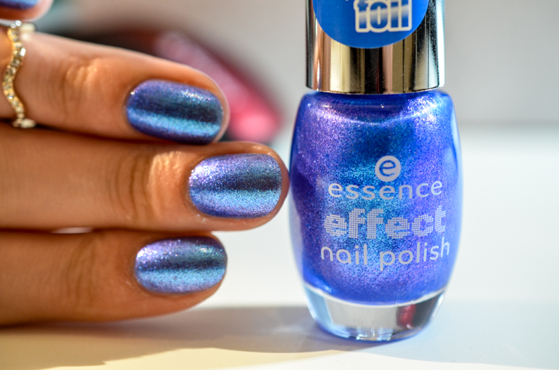 essence-lady-mermaid-swatch (4)
