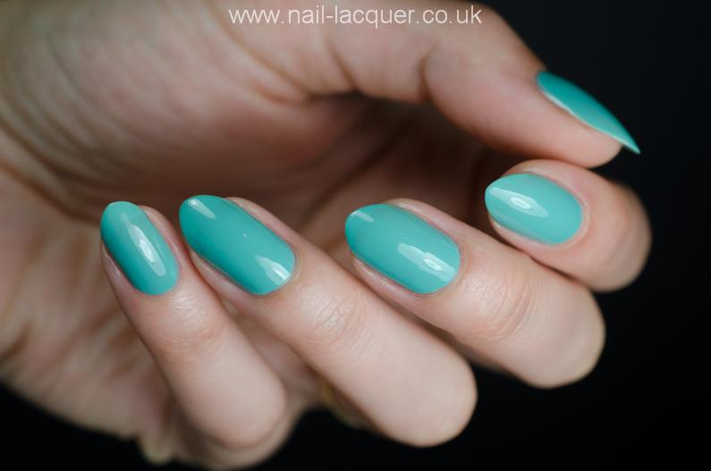 2true-nail-polish-review (12)