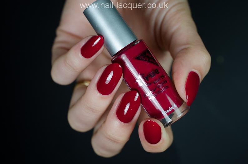 2true-nail-polish-review (32)