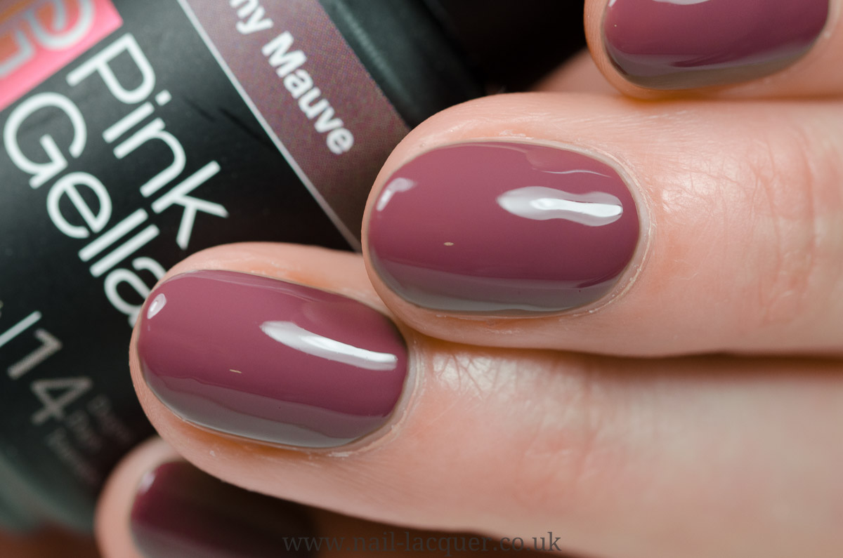 Pink gellac berry red