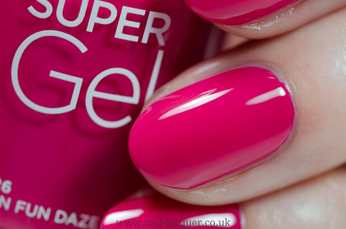 Rimmel Super Gel nail polish - Nail Lacquer UK