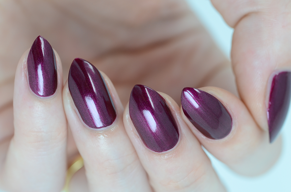 Sally Hansen Miracle Gel Decadent Delights swatches by Nail